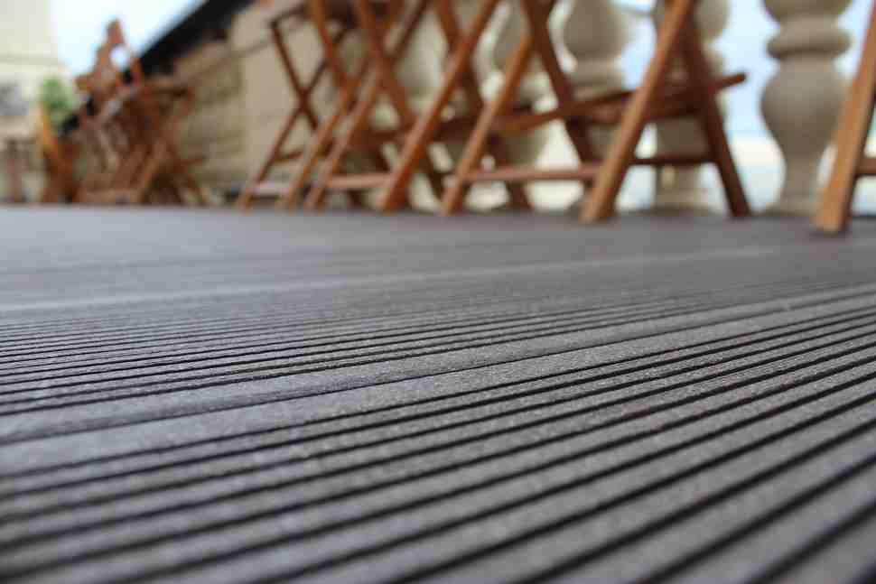 Терраса на кровле ресторана Mercedes Bar
