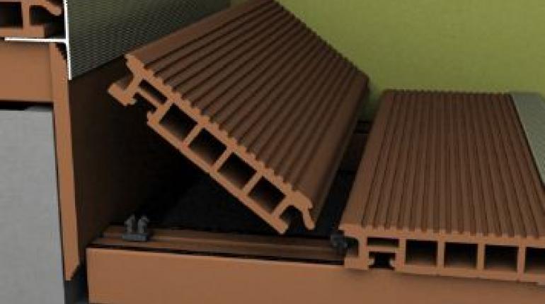 Ступени лестницы из террасной доски